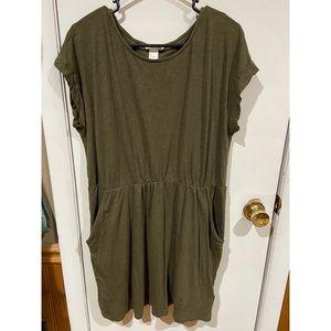 H&M Short Sleeve Olive Dress w/ Pockets